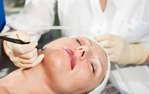 50830_microhydrabrasion-treatment-detail_080611110324_591w
